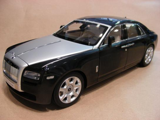 Rolls Royce Ghost nero diamante