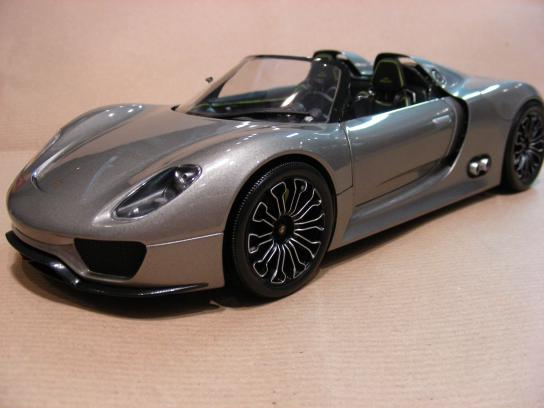 Porsche 918 Spyder 2010 grey metallic