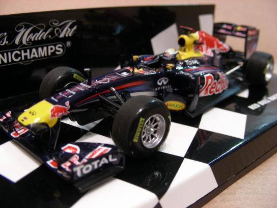 Red bull Racing Renault RB7 Vettel 2011